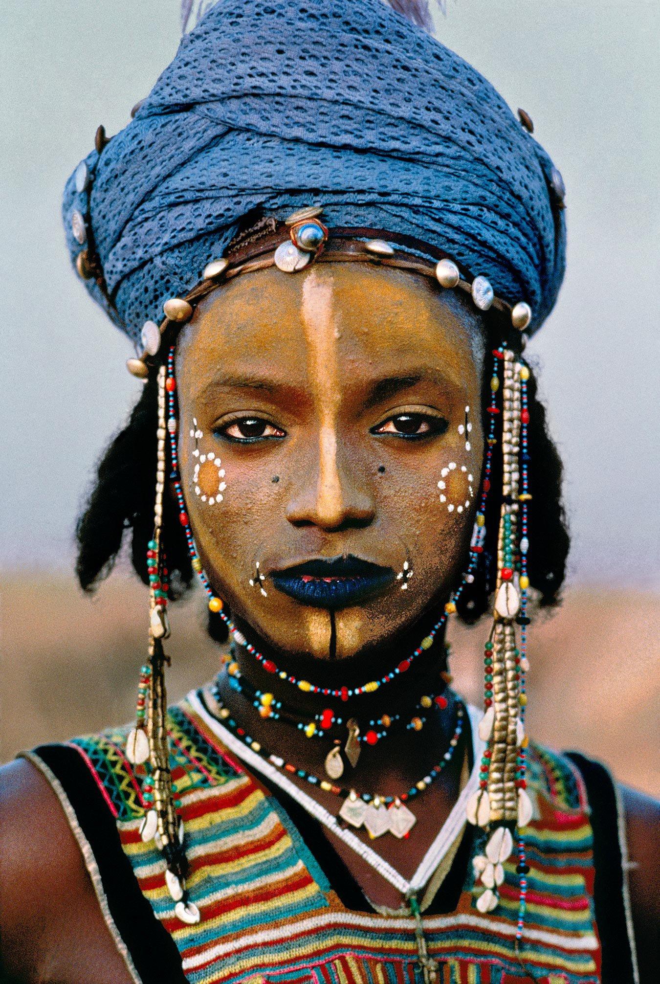 Юноша и негритянка 4 фотография